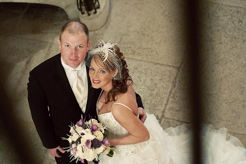 wedding couple in dayton court house